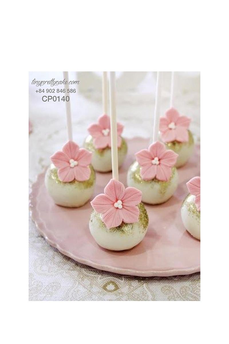 Cake pop hoa màu hồng nhẹ nhàng