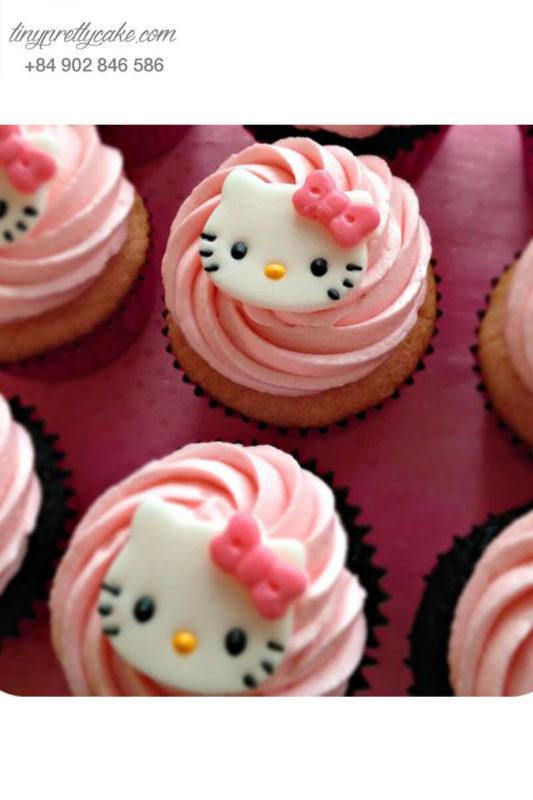 Bánh Cupcake Hello Kitty ngọt ngào tặng sinh nhật cho các bé gái