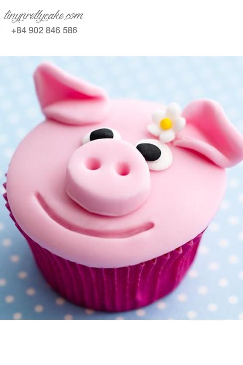 Bánh Cupcake chú heo màu hồng xinh xắn dành tặng sinh nhật các bé