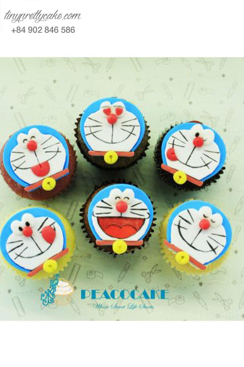 Cupcake với nhiều biểu cảm của Doraemon dành tặng sinh nhật các bé