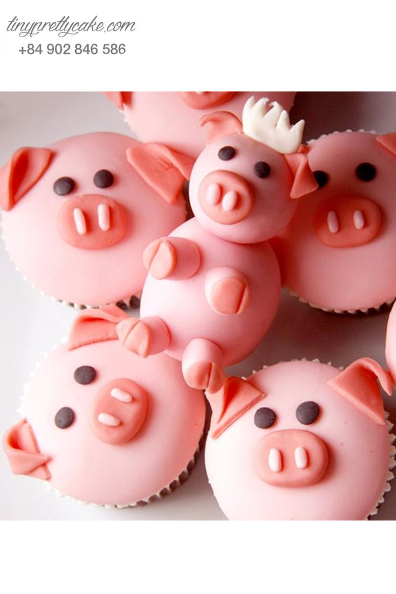 Bánh Cupcake heo con ngơ ngác dành tặng sinh nhật các bé.