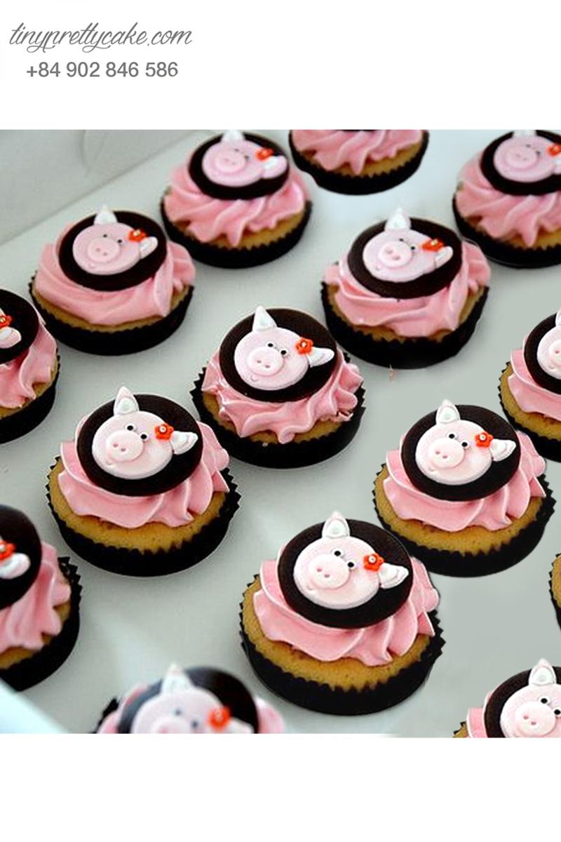 Bánh cupcake hình heo đặc biệt dành tặng sinh nhật các bé
