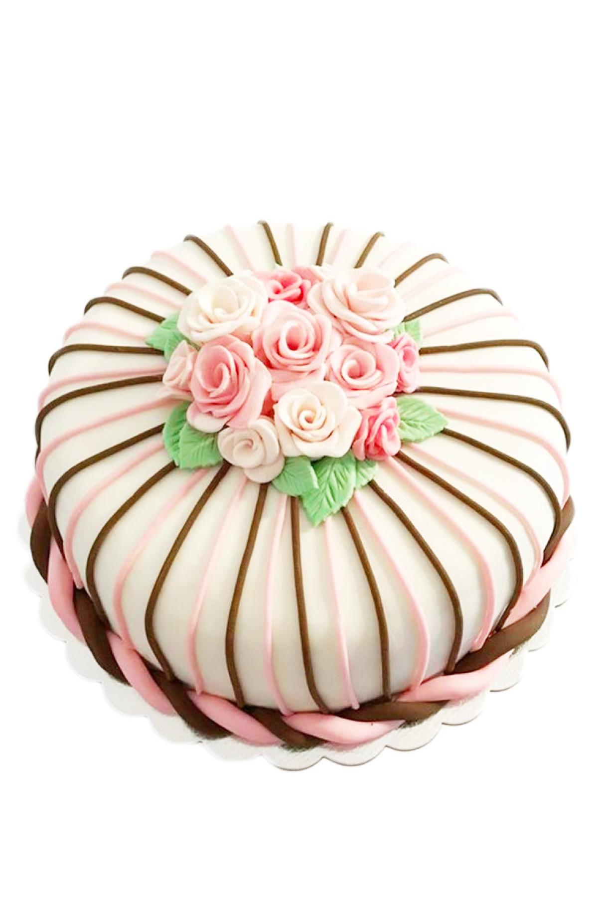 Bánh fondant hoa hồng đẹp giản đơn và nhẹ nhàng