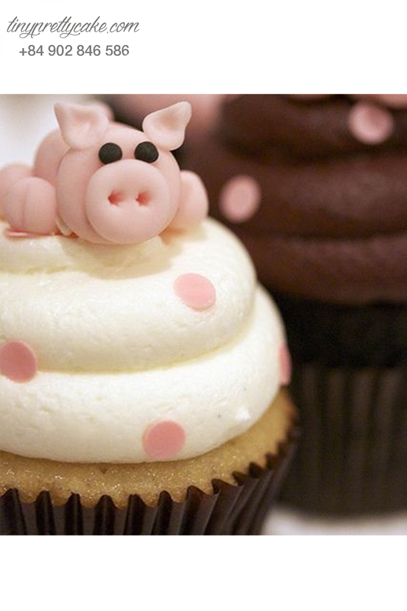 Bánh cupcake hình heo vui nhộn dành tặng sinh nhật các bé