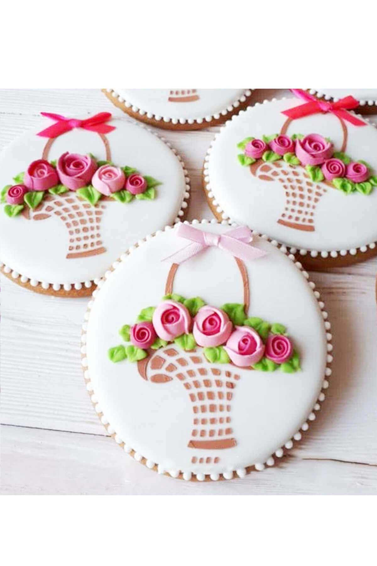 bánh cookie giỏ hoa hồng dễ thương