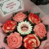 Bó hoa hồng cupcake xoắn kem xinh đẹp, tinh tế tặng người phụ nữ bạn yêu