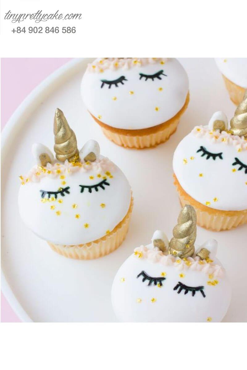 Bánh Cupcake hình Unicorn mộng mơ mừng sinh nhật cho các bé gái