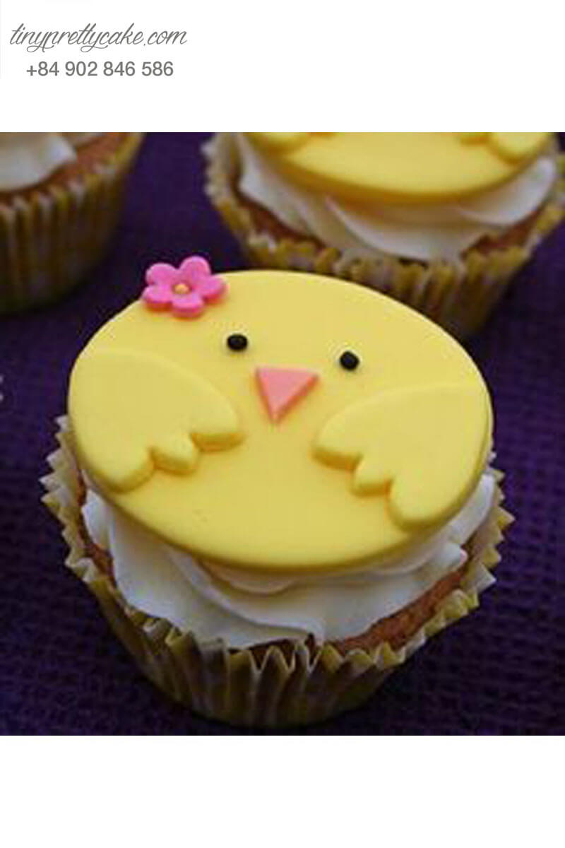 """Bánh Cupcake hình gà con """"e thẹn"""" mừng sinh nhật các bé"""