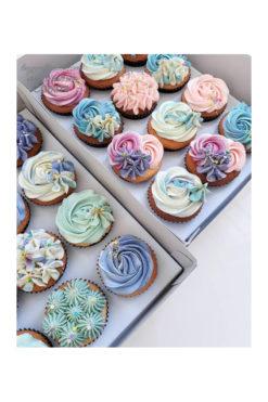 Cupcake hoa nhiều màu cực bắt mắt cho phụ nữ (CC0314)