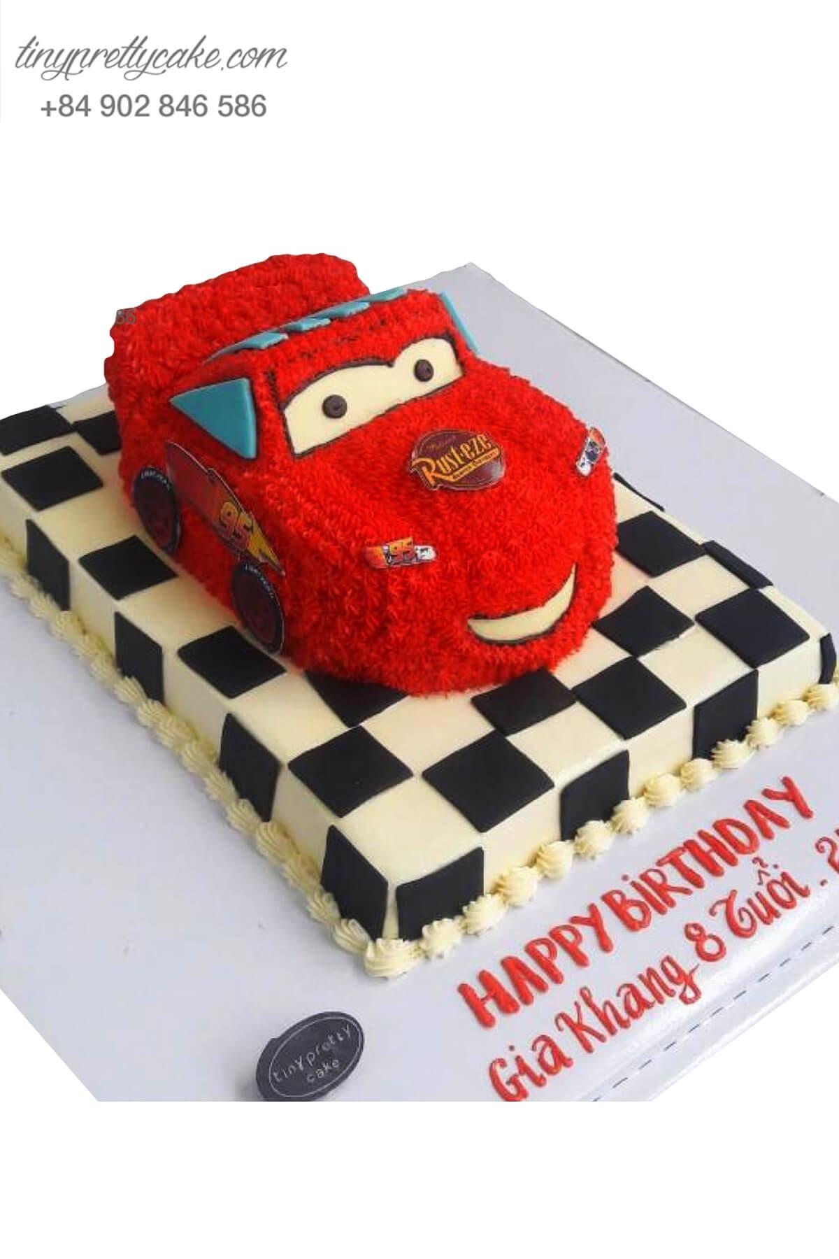 Bánh sinh nhật tạo hình xe đua Carl cực ngầu cho bé trai thích ô tô (BC3550)