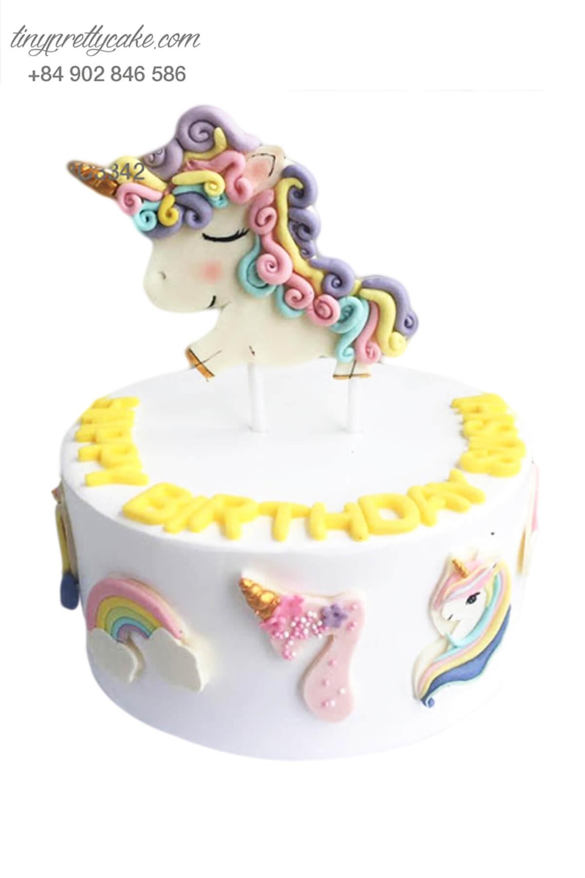 Bánh sinh nhật thôi nôi chú Unicorn nhiệm màu cực cute dành cho bé gái (BC3342)
