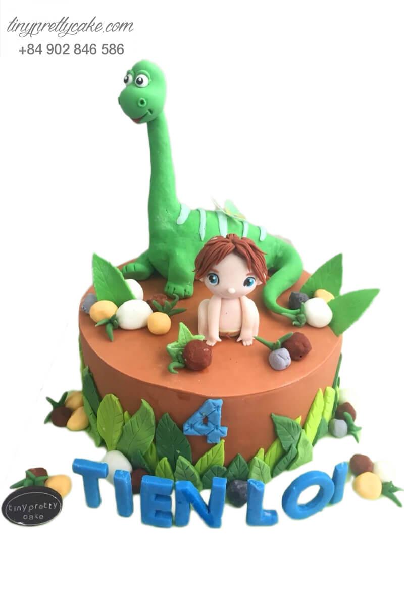 bánh fondant sinh nhật cậu bé rừng xanh