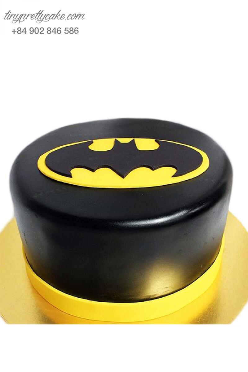Bánh sinh nhật tạo hình trang phục Batman siêu siêu ngầu cho bé trai (BF1207)