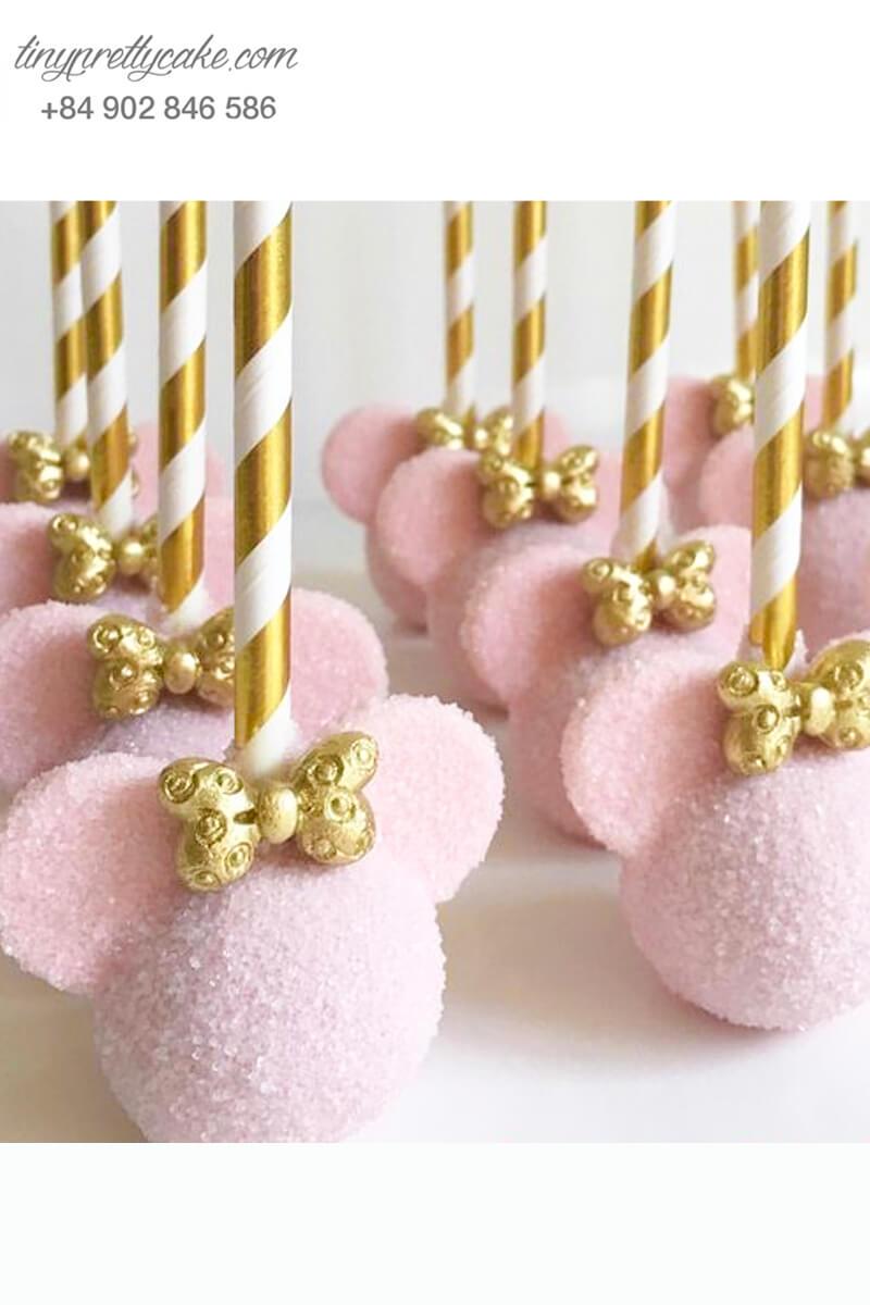 Bánh cakepop tạo hình tai chuột Mickey hồng nữ tính để trang trí tiệc sinh nhật cho bé gái