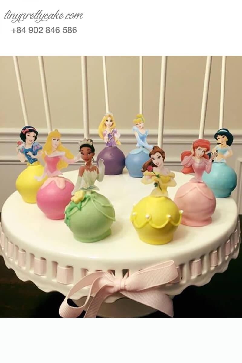 Set 8 bánh cakepop tạo hình những nàng công chúa Disney xinh đẹp dành tặng bé gái nhân dịp sinh nhật