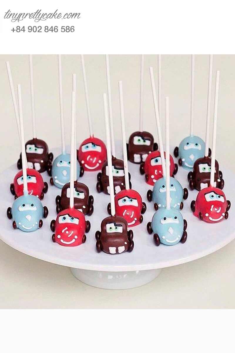 cake pop tạo hình siêu xe mcqueen