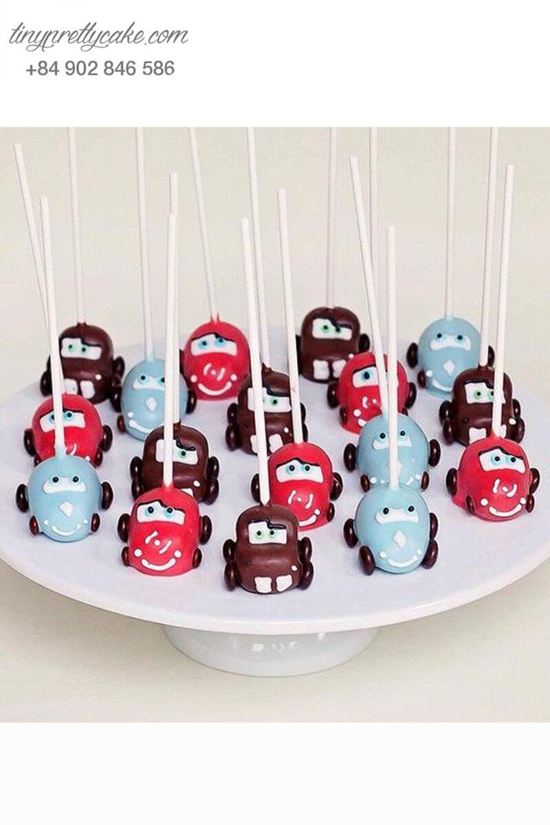 Set 15 bánh cakepop tạo hình siêu xe Carl dùng để trang trí tiệc sinh nhật bé trai