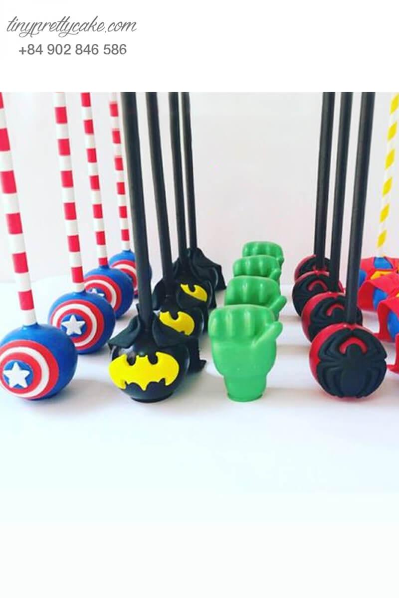 Set 25 bánh cakepop tạo hình các siêu anh hùng Avenger dành cho các bé trai ngày sinh nhật