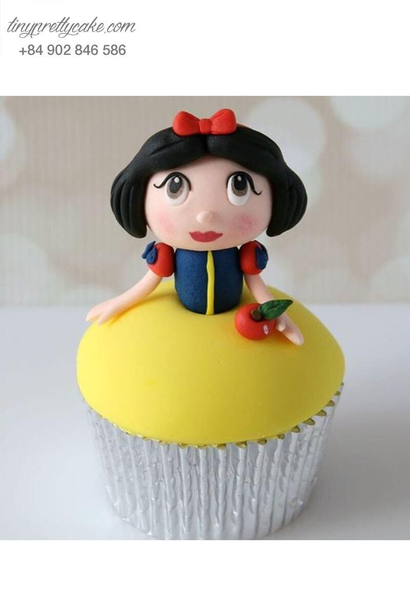 Bánh Cupcake nàng Bạch tuyết huyền bí dành tặng sinh nhật các bé