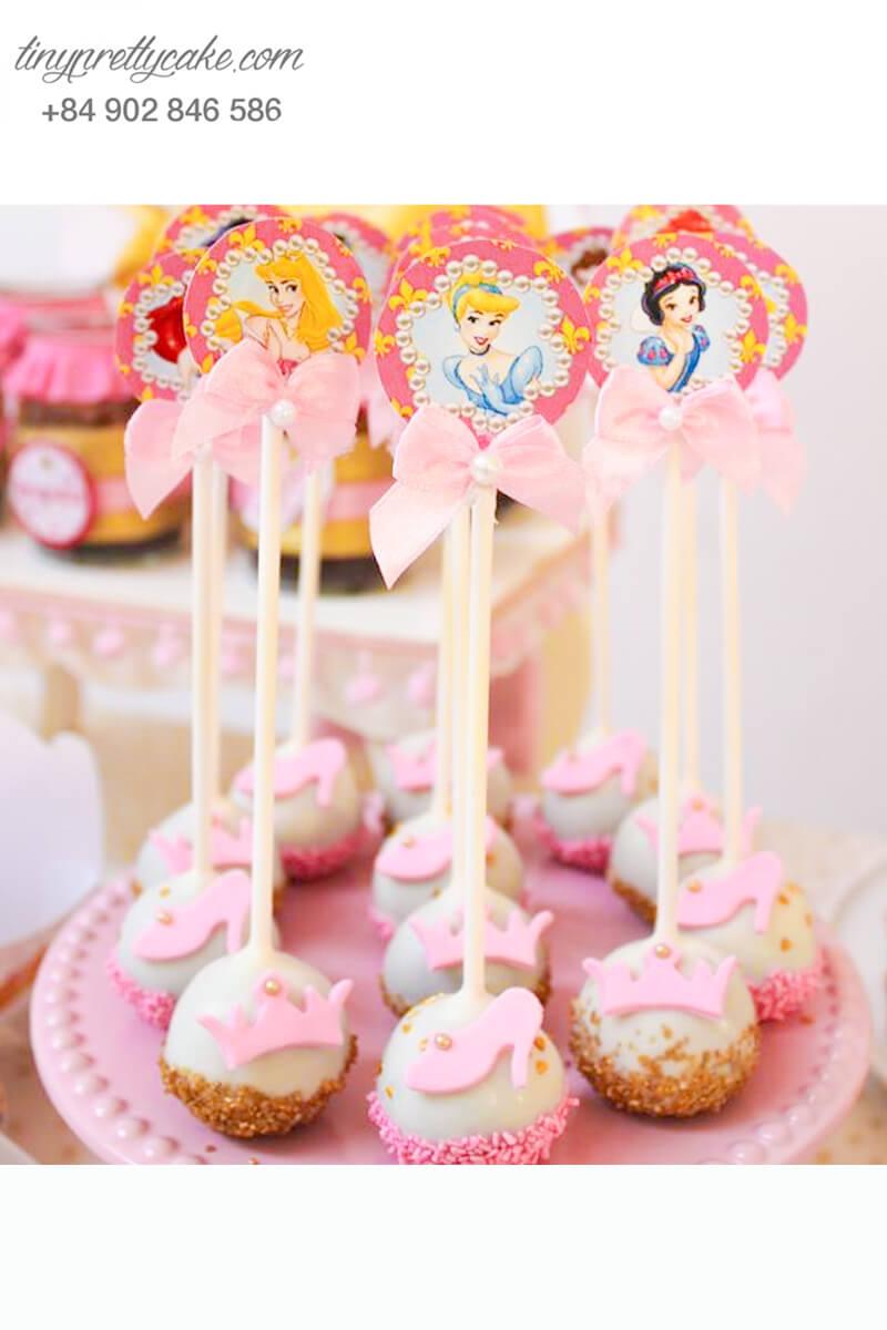 cake pop chủ đề công chúa và vương miện