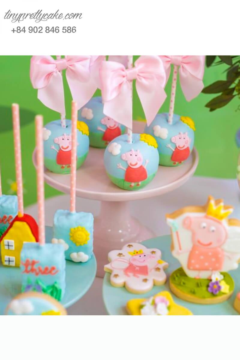 Set 9 bánh cakepop tạo hình heo Peppa cùng khu vườn bắt mắt để trang trí tiệc sinh nhật, đầy tháng cho các bé