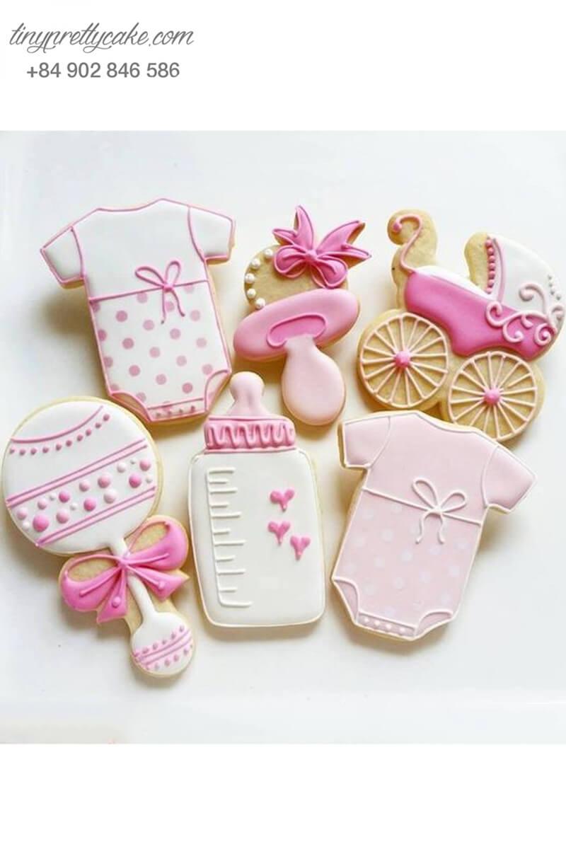 Set 6 Cookie tạo hình vật dụng em bé gái, mừng sinh nhật bé gái
