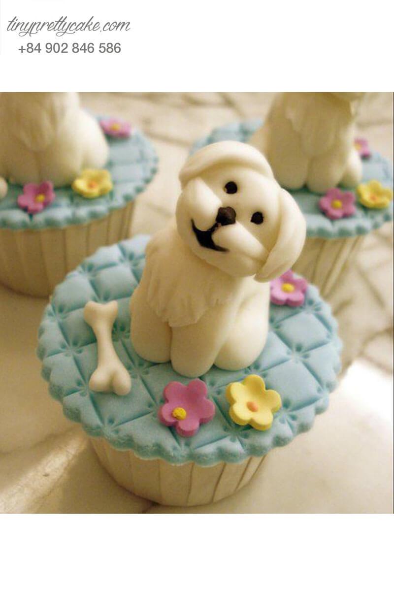 Bánh Cupcake chú chó trắng ngộ nghĩnh dành tặng sinh nhật, thôi nôi các bé