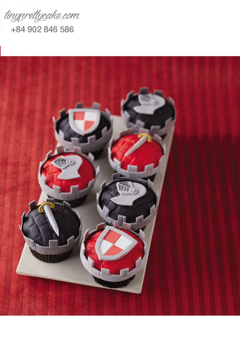 Set 7 bánh cupcake vũ khí ngộ nghĩnh của hoàng tử mừng sinh nhật các bé trai