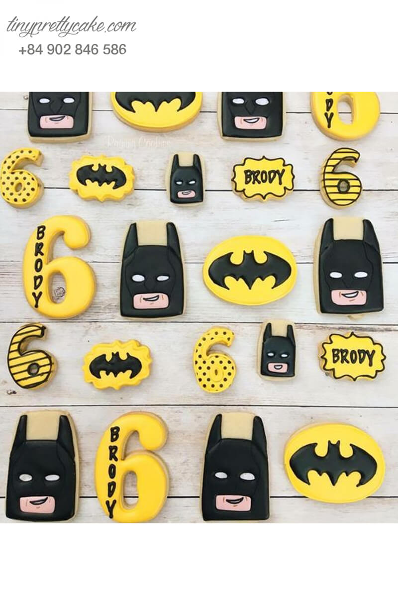 Set 22 Cookie tạo hình mặt nạ Batman và số 6 - mừng sinh nhật bé trai