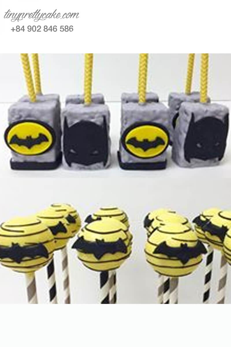 Set 20 bánh cakepop tạo hình theo chủ đề Batman độc đáo dành tặng các bé trai ngày sinh nhật