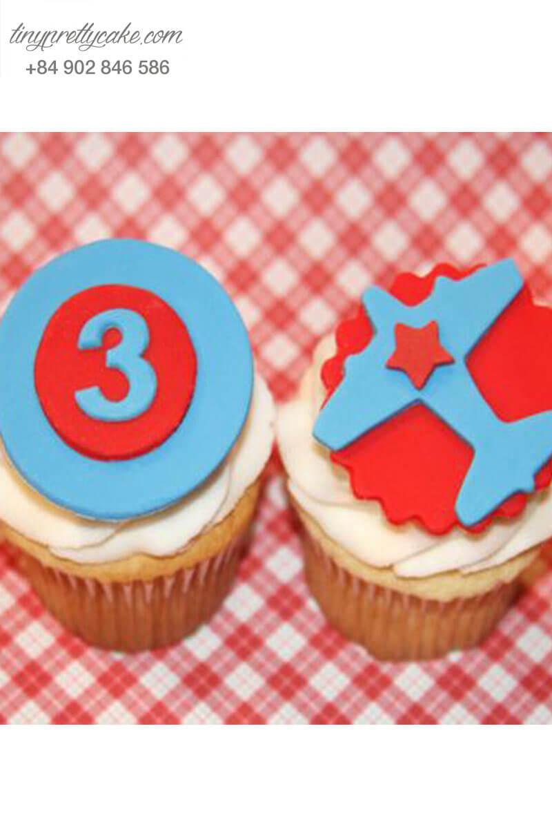Set 2 Cupcake hình máy bay mừng sinh nhật các bé trai