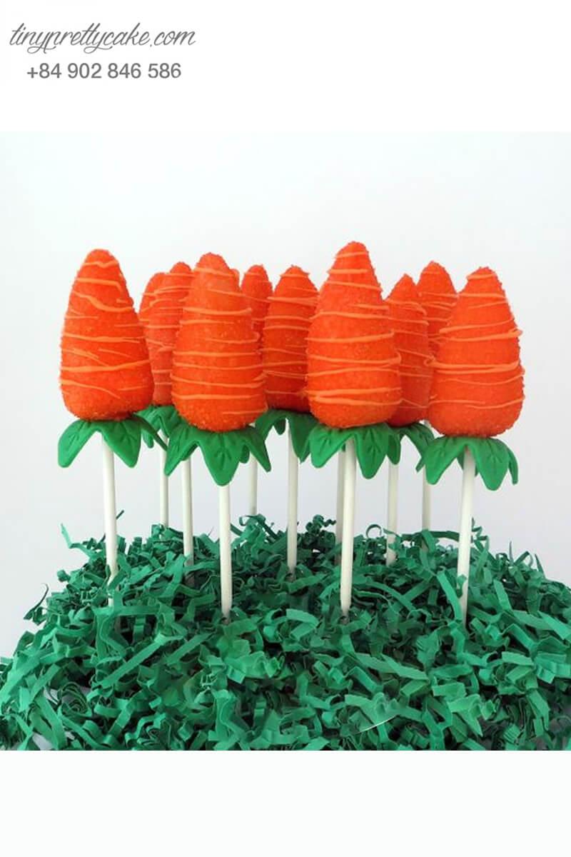Bánh cakepop tạo hình củ cà rốt siêu yêu để trang trí tiệc sinh nhật cho các bé hoặc dành tặng cho các bạn nữ