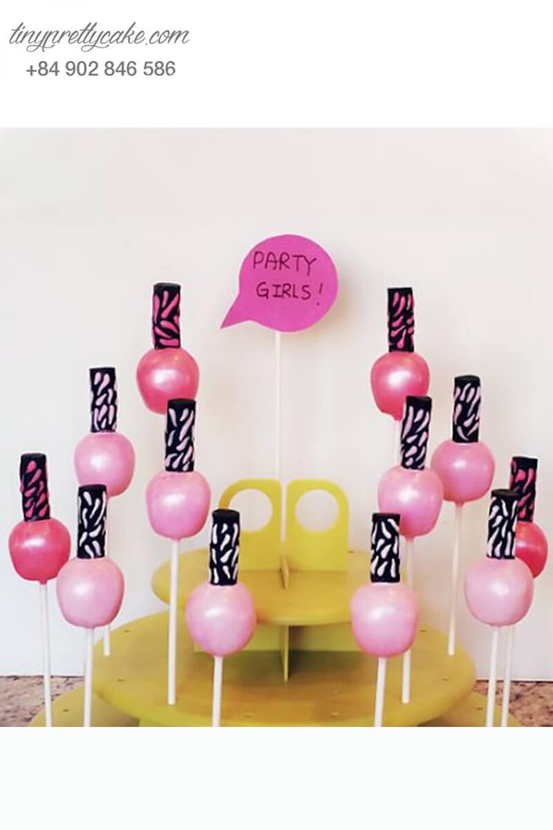 cake pop hình lọ sơn móng tay