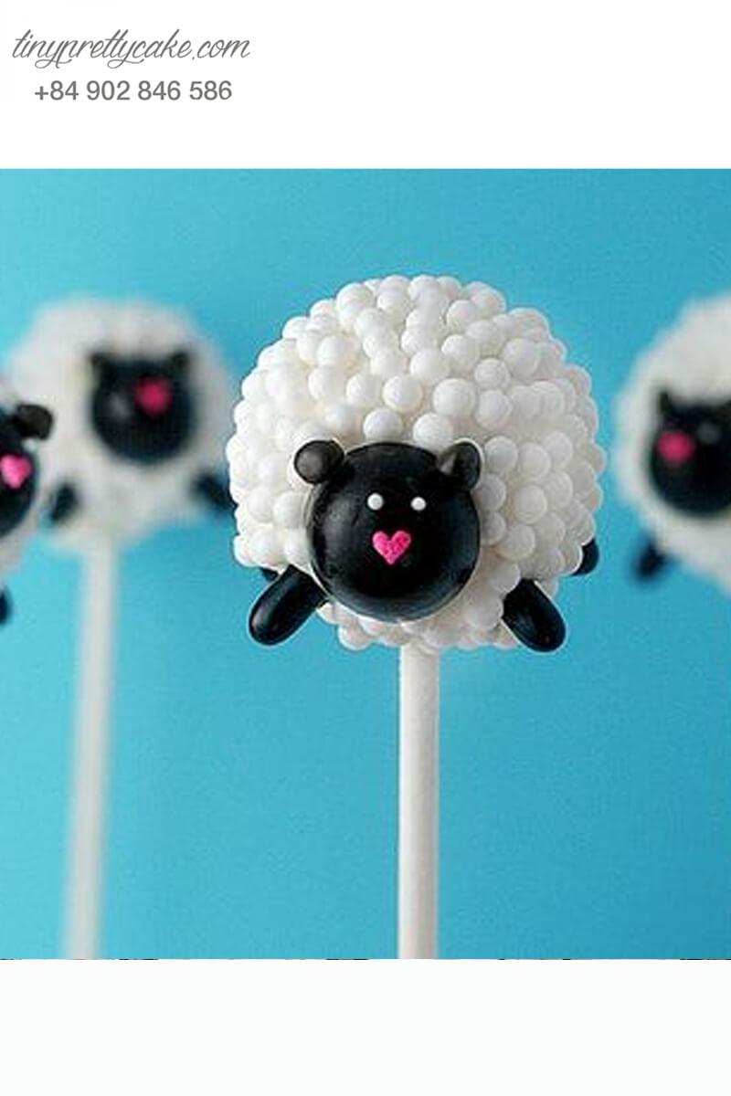 Bánh cakepop chú cừu Shaun đáng yêu dành tặng các bé ngày sinh nhật