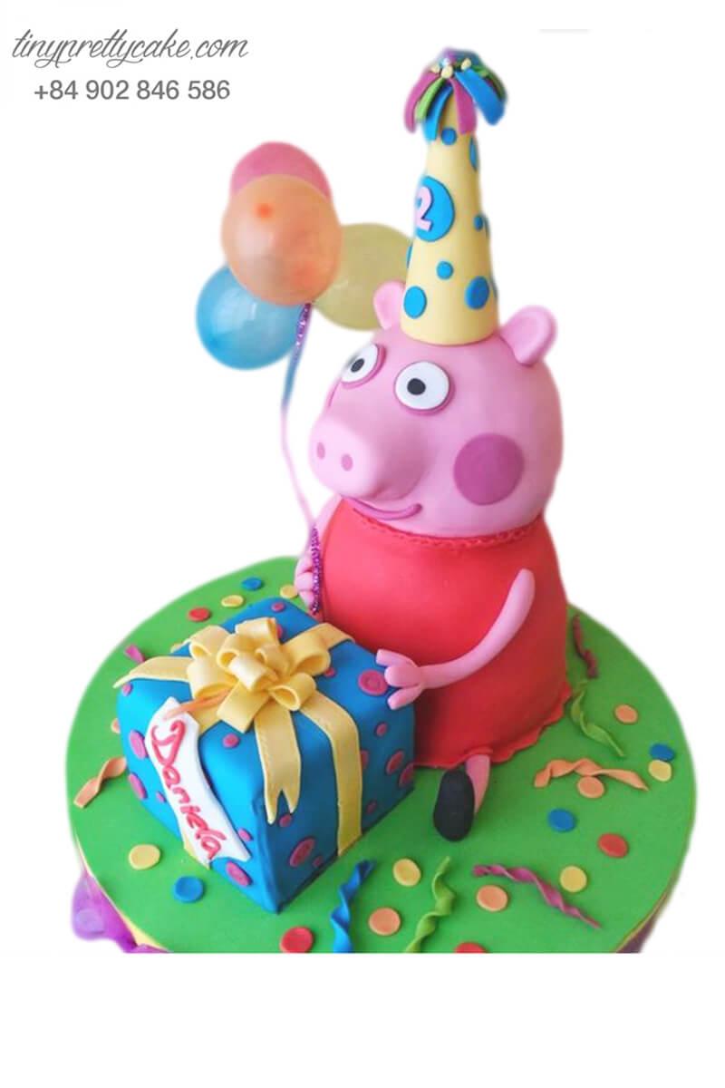 Bánh gato tạo hình chú heo với món quà sinh nhật mừng đầy tháng, sinh nhật cho các bé