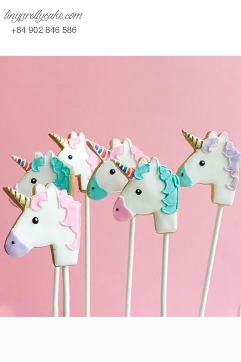 bánh cookie hình Unicorn màu pastel