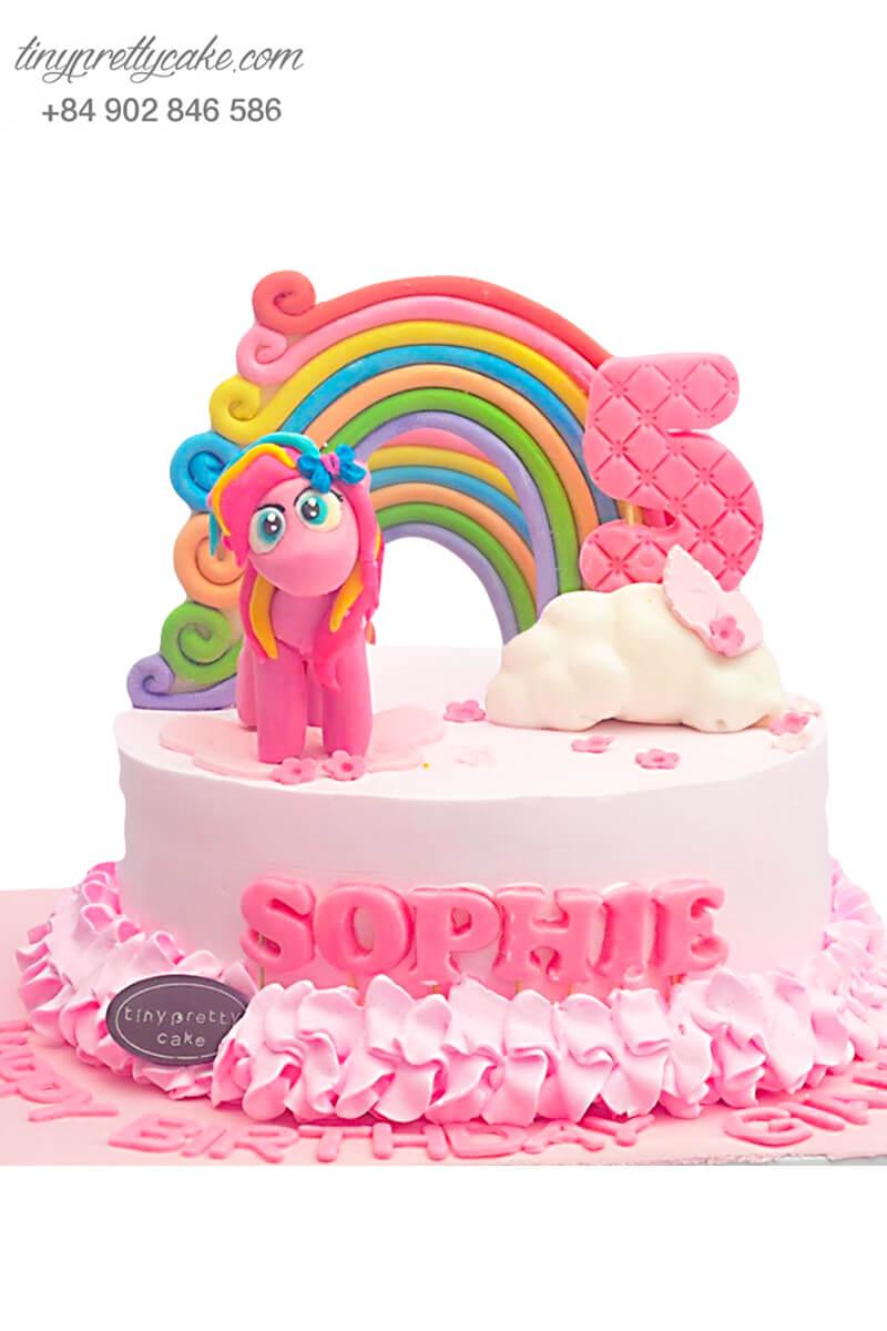 bánh sinh nhật con ngựa màu hồng