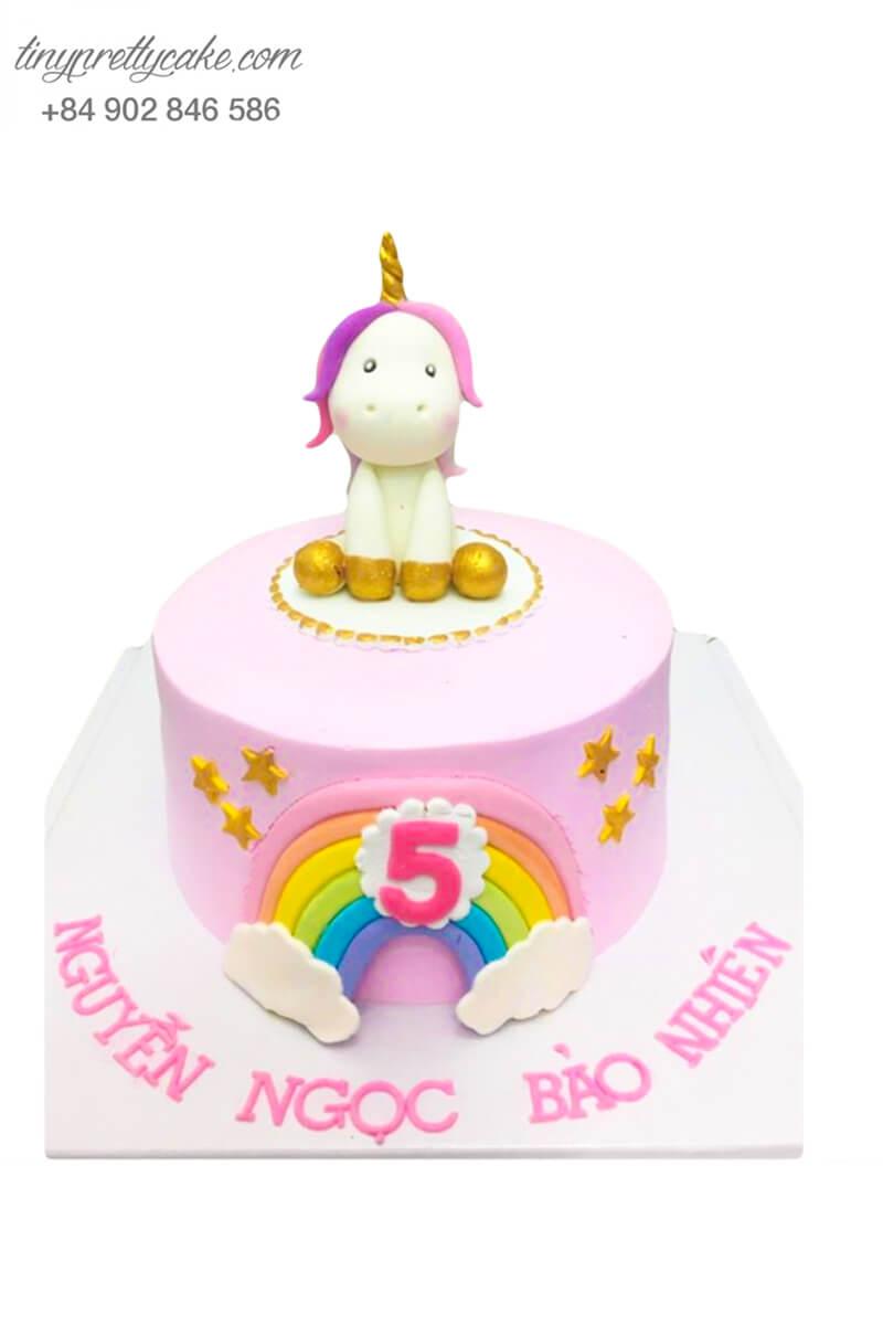 bánh sinh nhật Unicorn cầu vồng