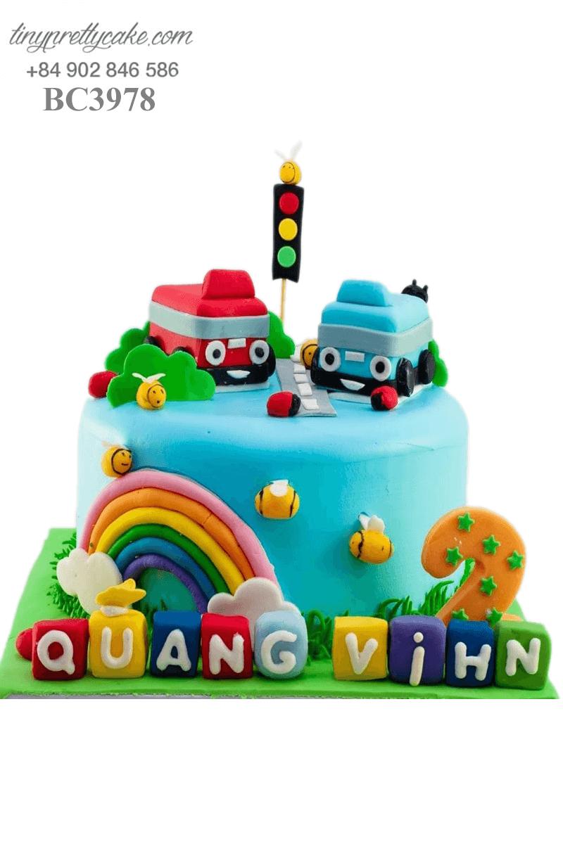 Bánh kem xe hơi ngộ nghĩnh đáng yêu dành tặng sinh nhật các bé trai
