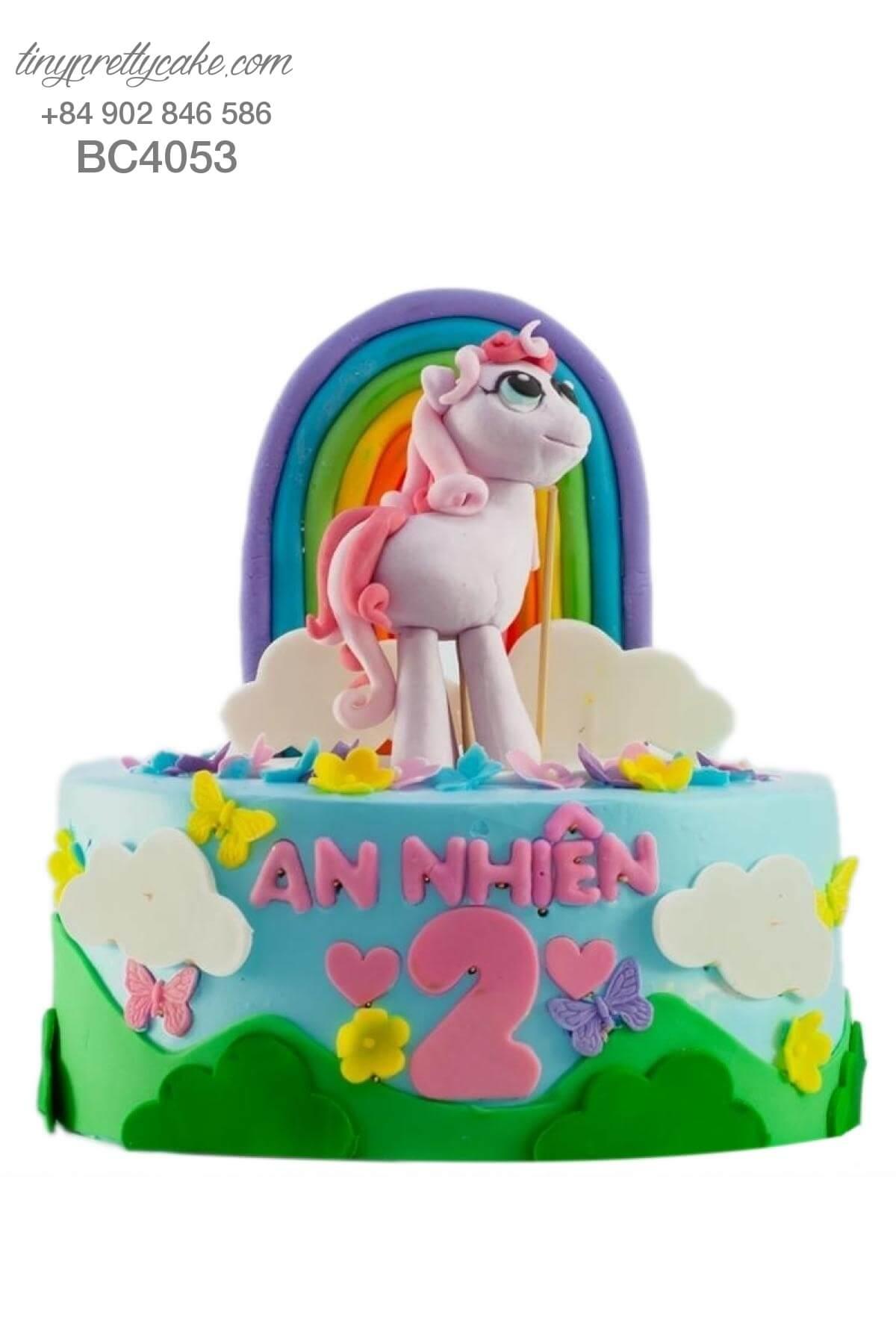 Bánh kem Unicorn cầu vồng