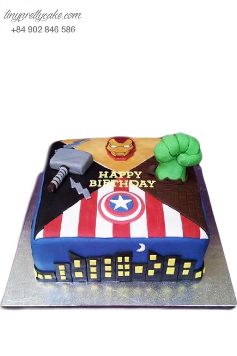 bánh gato sinh nhật hình siêu nhân