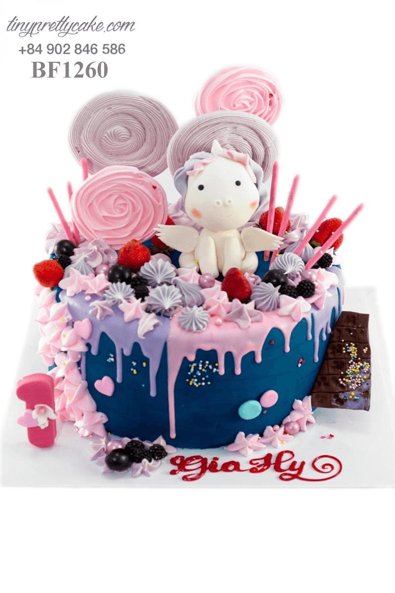 Bánh gato Unicorn trong vương quốc kẹo ngọt dễ thương mừng sinh nhật bé gái