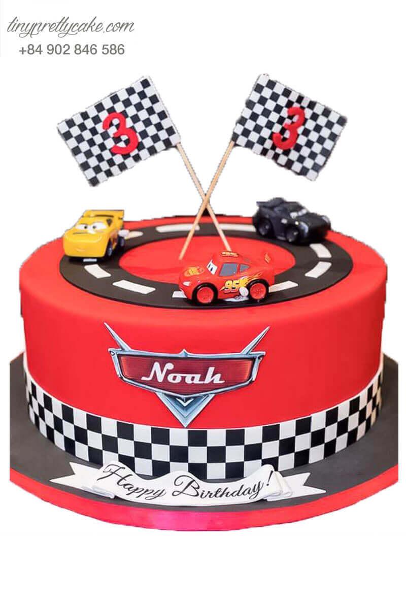 bánh sinh nhật ô tô mc queen độc đáo