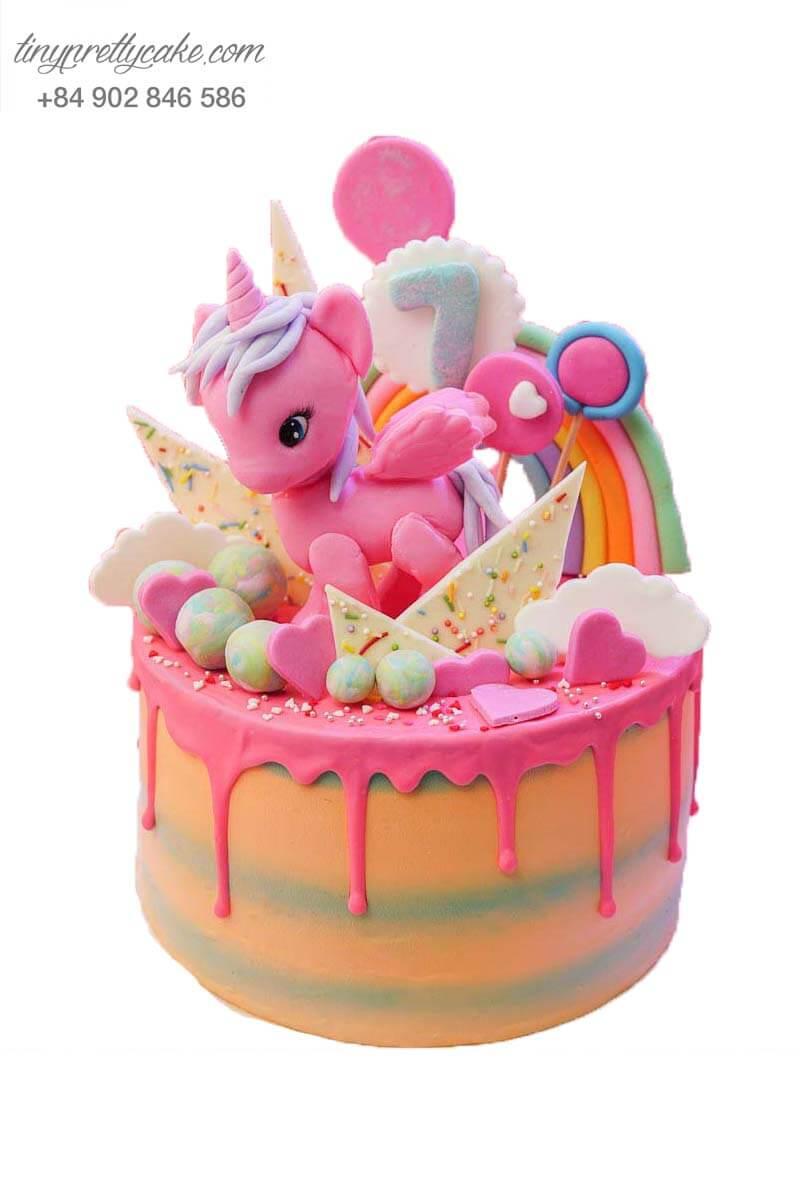 bánh kem pony màu hồng