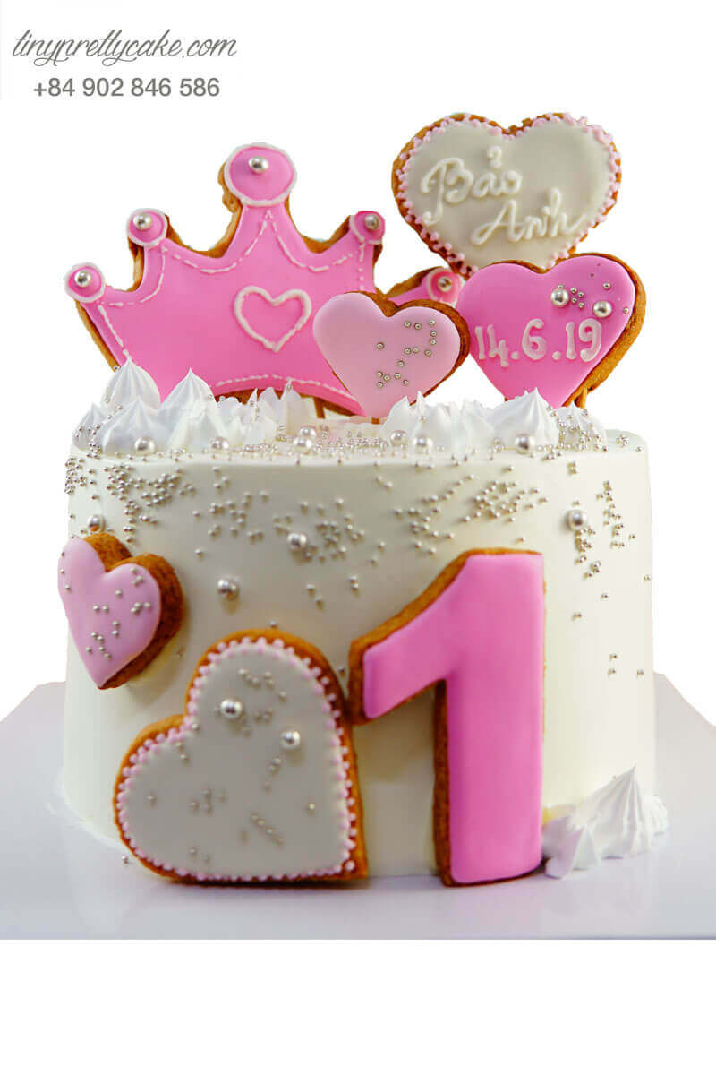 bánh sinh nhật vương miện màu hồng