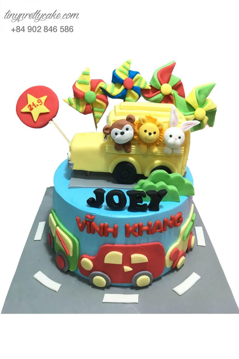 bánh sinh nhật hình ô tô và động vật