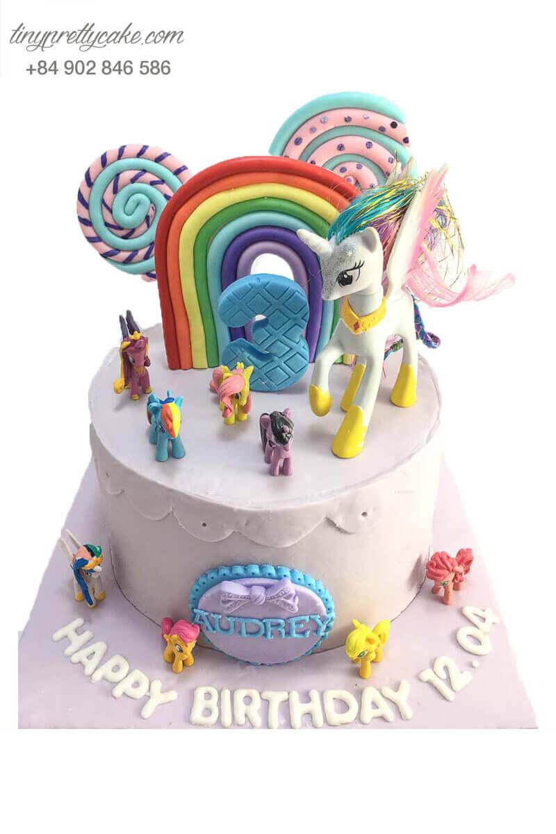 bánh sinh nhật ngựa pony cho bé gái